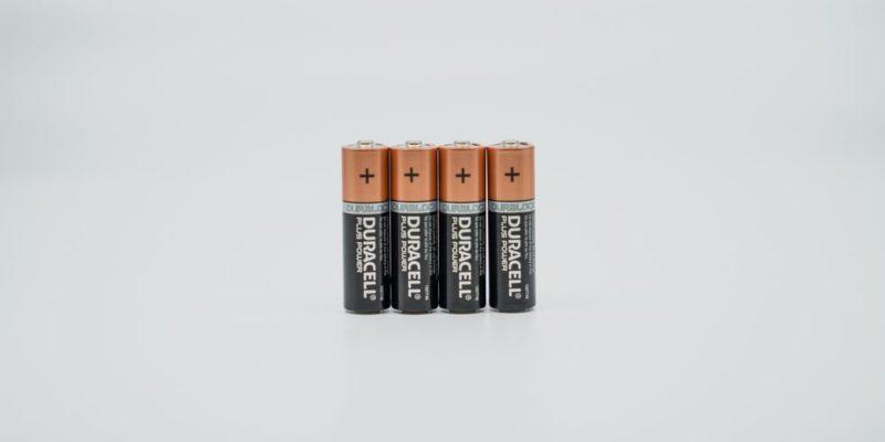 Tänk på miljön och plånboken – använd uppladdningsbara batterier